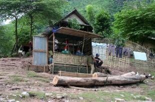 laos_2005_muang_ngoi01