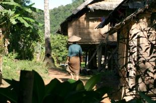 laos_2005_muang_ngoi12